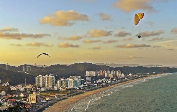 Praia Brava - Itajaí - Foto: Eduardo Marquetti